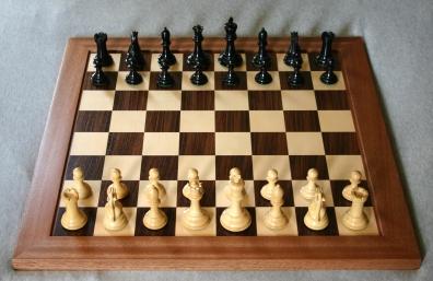 Chess_board_opening_staunton