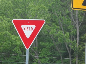 Yield_Sign_in_New_Hampshire